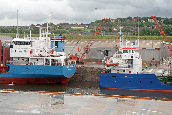 Wilson Humber + Atlantic Moon at Runcorn docks