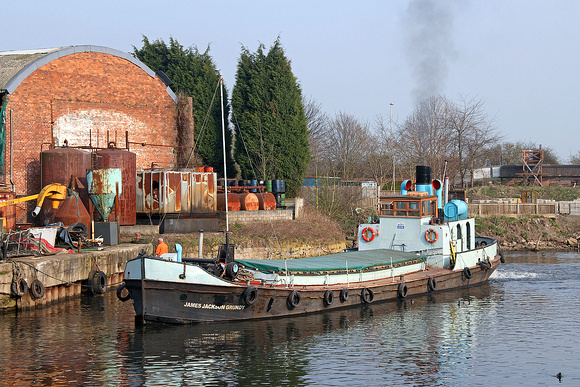 James Jackson Grundy mooring up at Frodsham quay 24/03/11