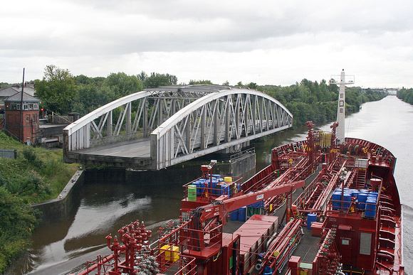 Northwich road swing bridge