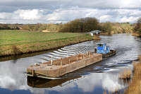 'Arley' + barge at Dutton 7th February 2017